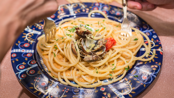 Karma, vongole e Ribolla gialla | A Gipsy in the Kitchen