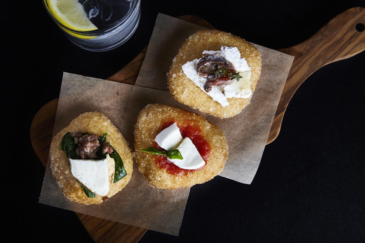 La delicatezza del rituale mozzarella: Obicà | A Gipsy in the kitchen