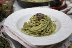 06 | Linguine con noci e acciughe | A Gipsy in the Kitchen