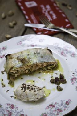 Salmone in fascia di porri ai pistacchi | A Gipsy in the Kitchen