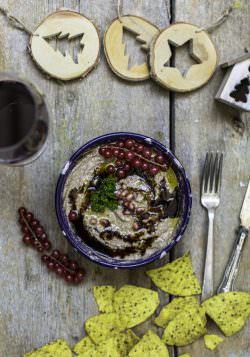 Hummus al melograno | A Gipsy in the Kitchen