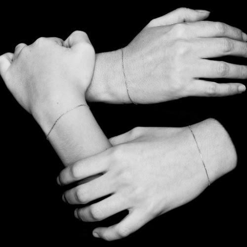 Atelier VM bracciale l'essenziale | Come vestirsi nella stagione di mezzo | A Gipsy in the Kitchen