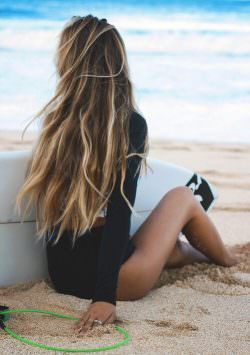 surf girl via tumblr