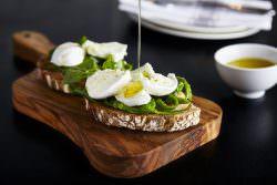La delicatezza del rituale mozzarella: Obicà   A Gipsy in the kitchen