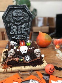 Torta di Halloween | A Gipsy in the Kitchen